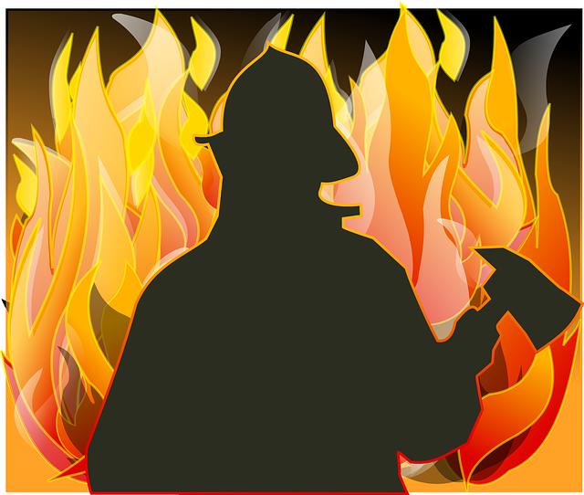 hasič u ohně