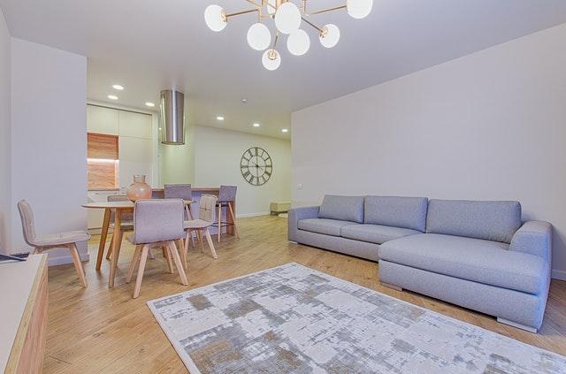 šedý nábytek, obývák.jpg